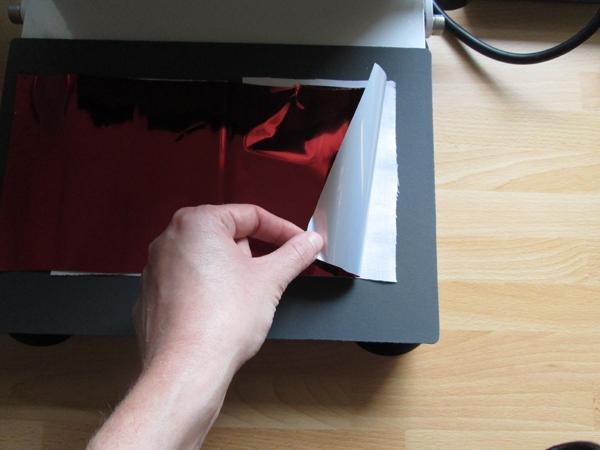 Glatte HappyFashion Foil ergibt einen relativ gleichmäßigen Farbeffekt